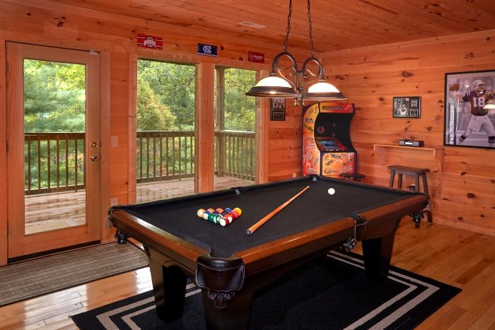 3 Bedroom Cabin With Pool Table and Game Room - Fort Knoxx
