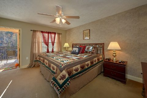 Master bedroom with King bed in Gatlinburg Condo - Gatehouse 505
