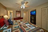 Gatlinburg Condo with King Bedroom and bath