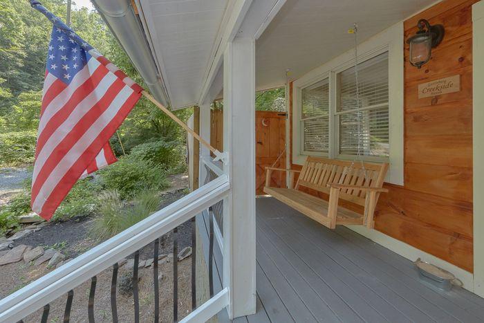 Gatlinburg Creekside Haven Cabin Rental Photo