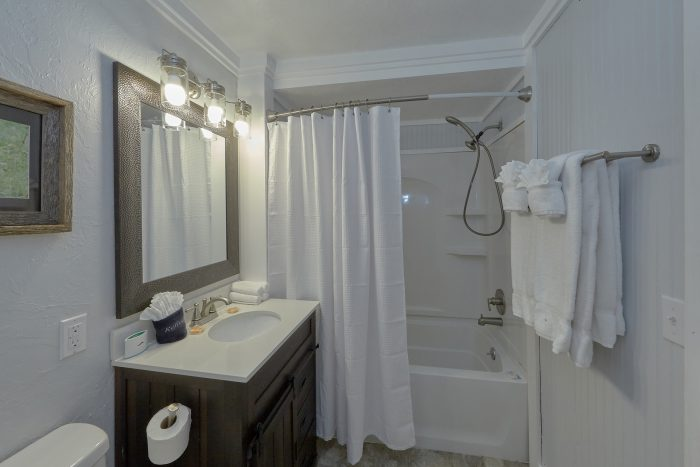 2 Bedroom Gatlinburg Creekside Haven - Gatlinburg Creekside Haven