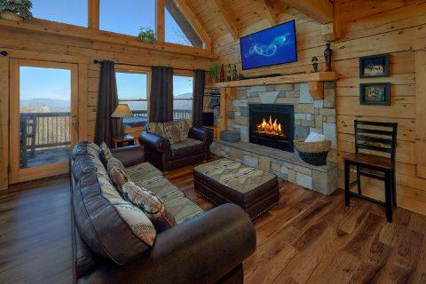 3 Bedroom Cabin with Spectacular Views - Gatlinburg Splash