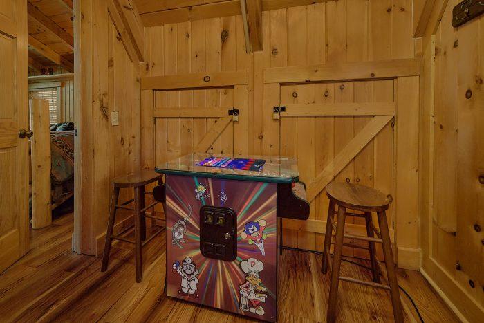 Cabin with Mountain Views and Hot Tub on deck - Gatlinburg Splash