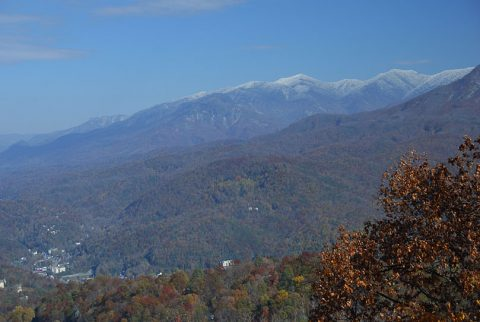 Spectacular Mountain Views - Gatlinburg Splash