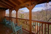 Spacious Deck Space 3 Bedroom Cabin Sleep 10