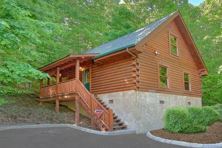 Adler's Ridge: 1 Bedroom Sevierville Cabin Rental