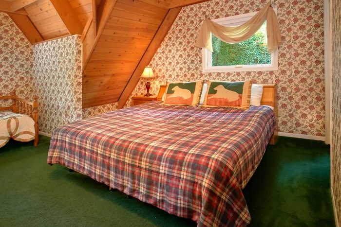 Cabin with King Size bed and Twin bedroom - Grand Pinnacle