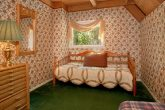Chalet with Spacious King Bedrooms and Twin Bed