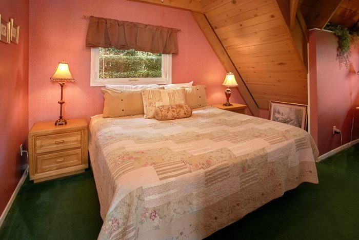 Cabin in Gatlinburg with Spacious King Suites - Grand Pinnacle