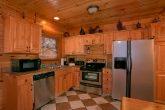 Updated Kitchen 8 Bedroom Cabin Sleeps 24