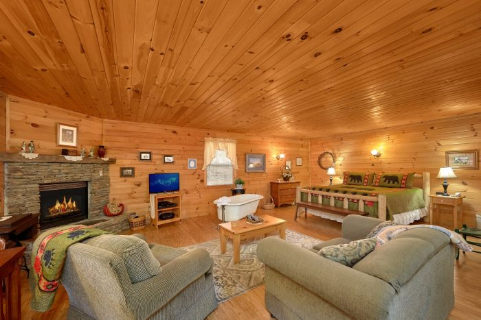 1 Bedroom Cabin Sleeps 2 with Gas Fireplace - Gray's Place