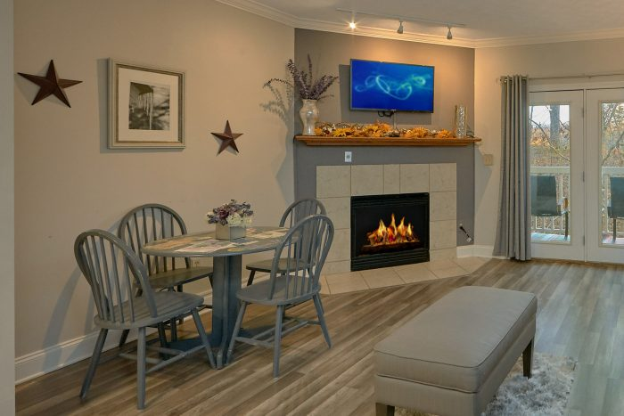Pigeon Forge Golf View Condo with King Bed - Hailey's Comet
