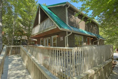 Could Not Ask For More: 4 Bedroom Sevierville Cabin Rental