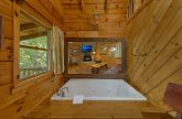1 Bedroom Honeymoon Cabin Sleeps 4