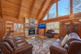 Rustic 5 Bedroom Cabin Near downtown Gatlinburg