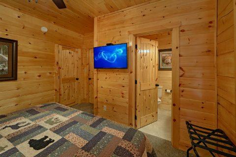 Premium 4 Bedroom Cabin 5 Bath Sleeps 10 - Heavenly Hideaway
