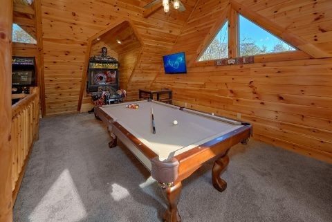 Loft Game Room with Pool Table - Heavenly Hideaway