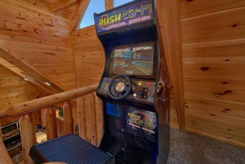 Arcade Game Pool Table Game Room - Heavenly Hideaway