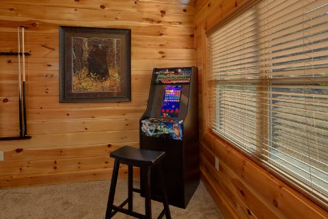 Comfortable 4 Bedroom Cabin Sleeps 10 - Heavenly Hideaway