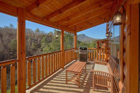 Comfortable Outdoor Seating 4 Bedroom Cabin - Heavenly Hideaway