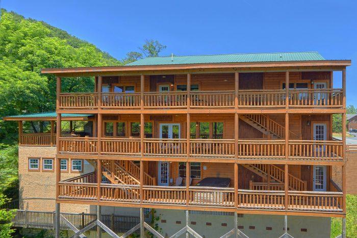 Heavenly Retreat Lodge Cabin Rental Photo
