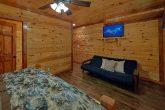 12 bedroom 16 Bath Cabin Sleeps 54