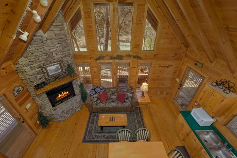 2 Bedroom 2 BAth Cabin with a View - Heavenly-RAE