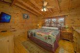 Open Loft 2 Bedroom 2 Bath Cabin Sleeps 6