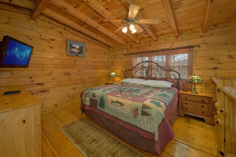 Open Loft 2 Bedroom 2 Bath Cabin Sleeps 6 - Heavenly-RAE