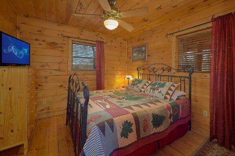 2 Bedroom 2 Bath Cabin Sleeps 6 - Heavenly-RAE
