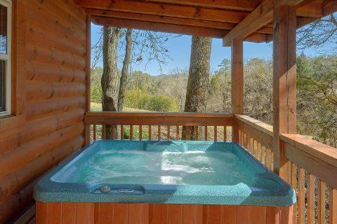 Private Hot Tub 2 BEdroom Cabin Sleeps 6 - Heavenly-RAE
