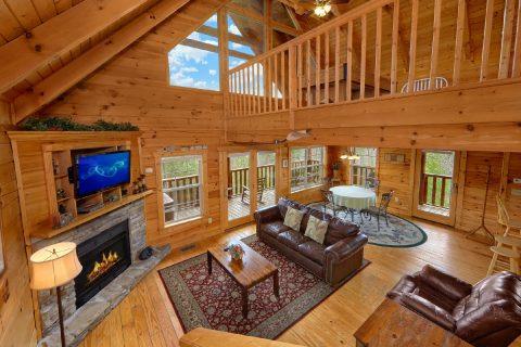 2 Bedroom Cabin with Flatscreen TV - Heaven's Gift