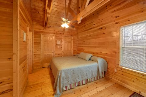 Premium 2 Bedroom Cabin with King Bed - Heaven's Gift