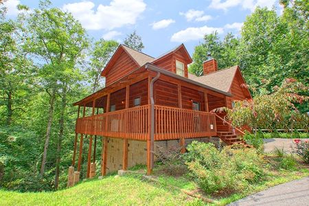 2 Tranquil 4 Words: 2 Bedroom Sevierville Cabin Rental