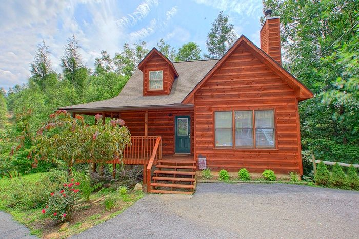 Private 2 Bedroom Smoky Mountains Cabin Rental