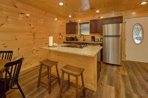 2 bedroom luxury cabin with full kitchen - Hemlock Splash