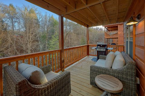 2 bedroom cabin with grill and private deck - Hickory Splash