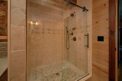 Master Suite walk in Shower 4 Bedroom Cabin - Hideaway Dreams