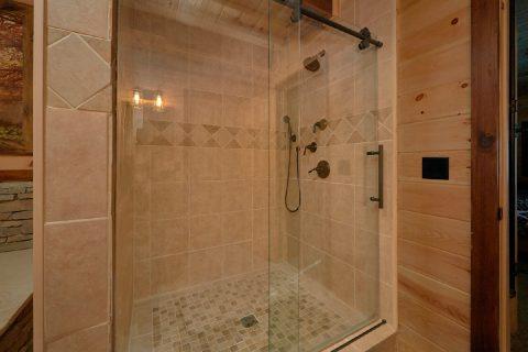 Master Suite walk in Shower 4 Bedroom Cabin - Hideaway Dreams