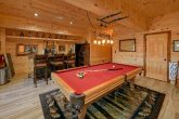 4 Bedroom Cabin Sleeps 12 Game Room