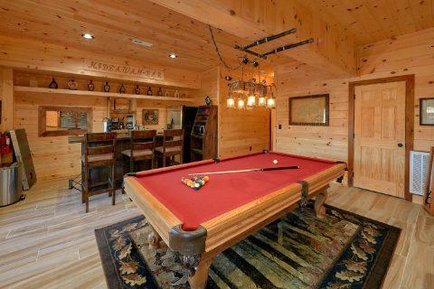 4 Bedroom Cabin Sleeps 12 Game Room - Hideaway Dreams
