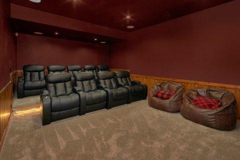4 Bedroom Cabin with Theater Room - Hideaway Dreams