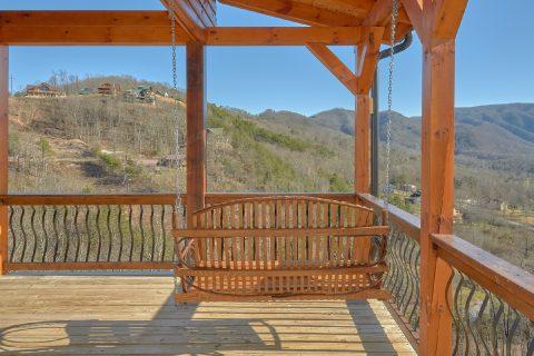 Premium Views 4 Bedroom Cabin with Swing - Hideaway Dreams