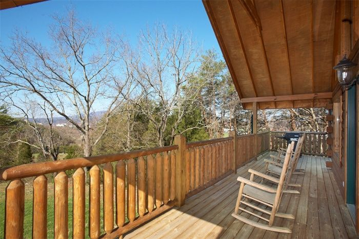 Honey Moon Cabin in the Great Smoky Mountains - Hideaway Heart