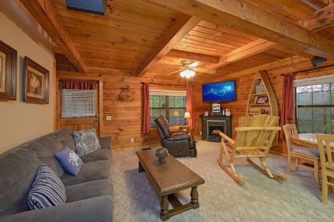 Private 2 Story 2 Bedroom Cabin Sleeps 6 - Hide-A-Way Point