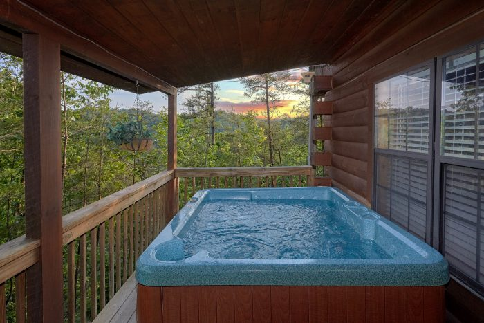 Private Hot Tub 2 Bedroom Cabin Sleeps 6 - Hide-A-Way Point