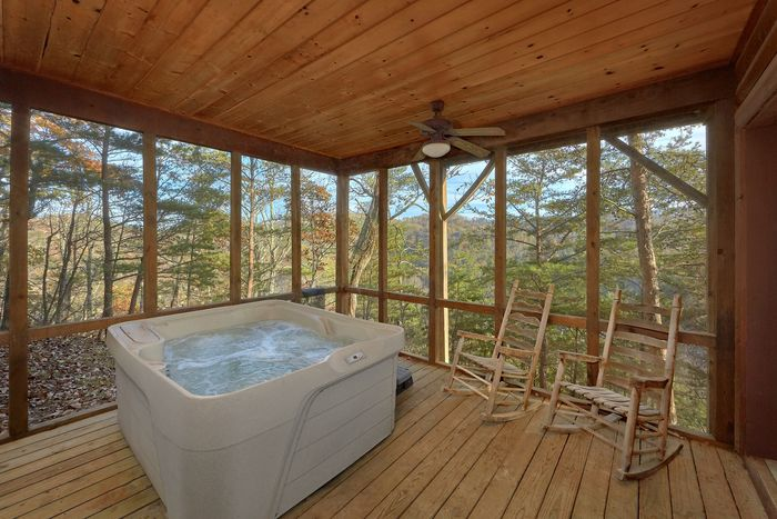 1 Bedroom Cabin with Private Hot Tub - Higher Ground