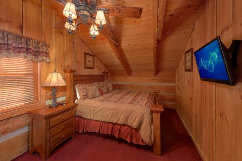 Rustic Cabin with King Master bedroom - Hillbilly Deluxe