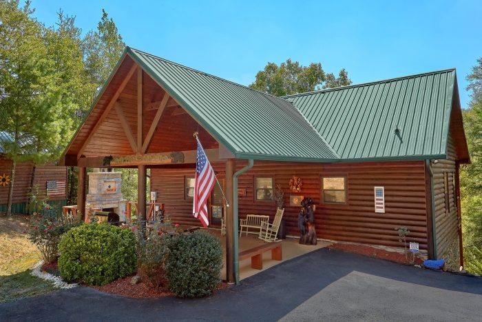 Hillbilly Hideaway Cabin Rental Photo