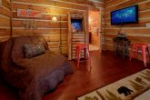 4 Bedroom cabin with Arcade game in Game room
